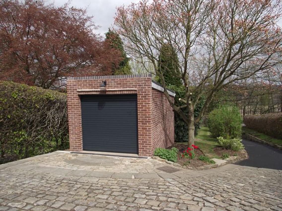 Chesterfield builders s p hewitt construction ltd for Garage prime conversion